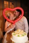 Brautpaar-Herz-mit-Torte_400x600